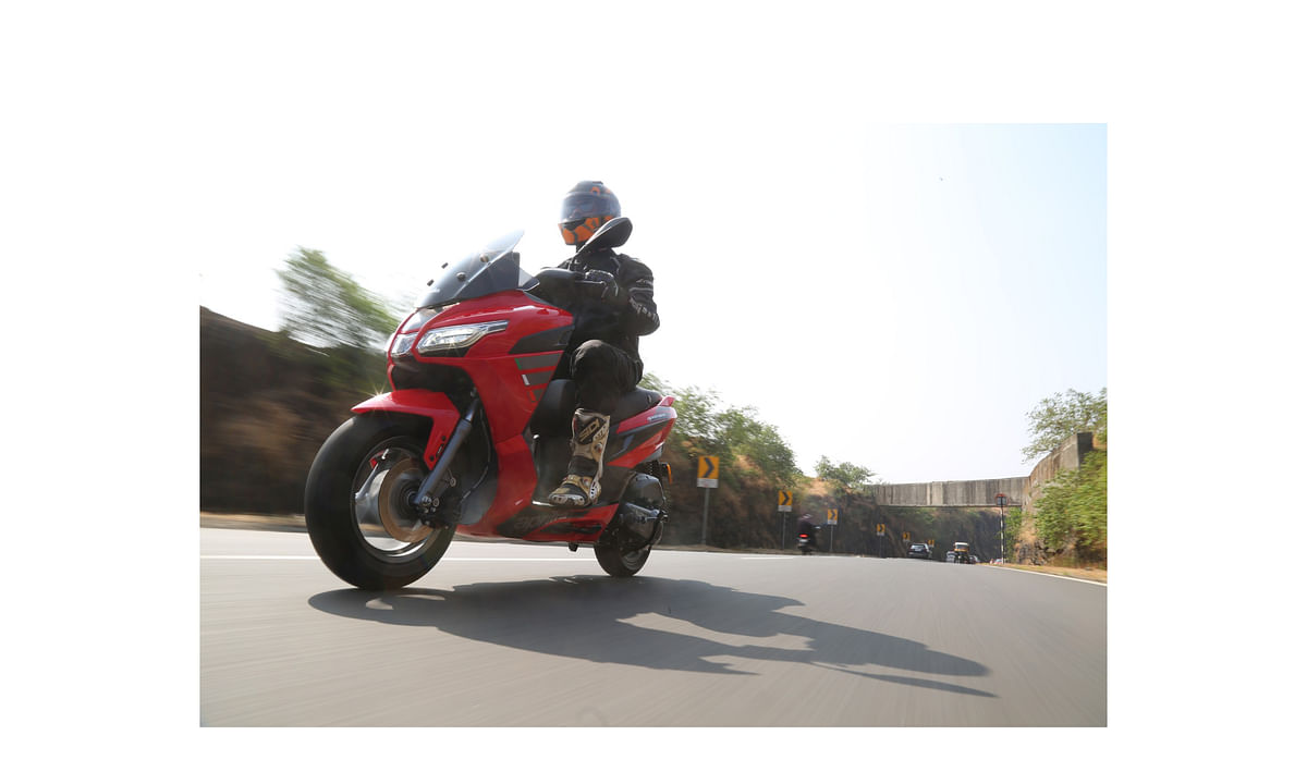 Aprilia SXR 160 first ride review