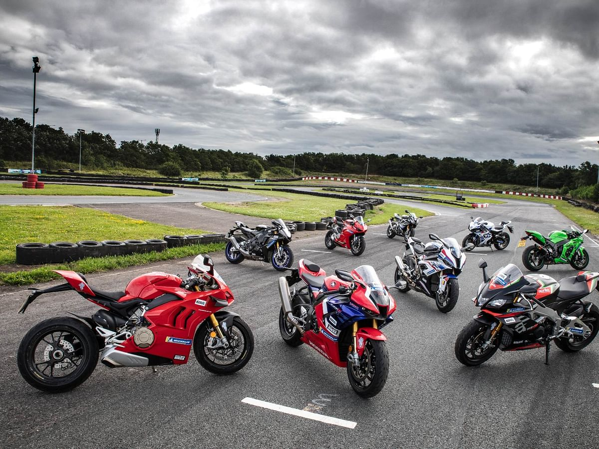 Ultimate SportsBike 2020  — 36-page booklet featuring the best superbikes in the world