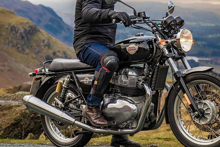 New Royal Enfield Conqueror knee guard with Level 2 CE Certification