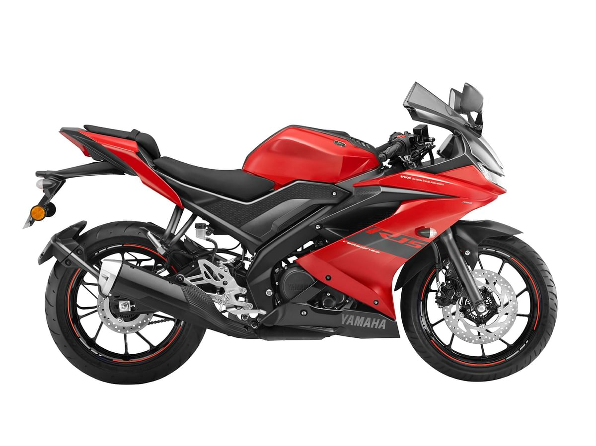 Metallic red colour edition for the Yamaha R15 Version 3.0