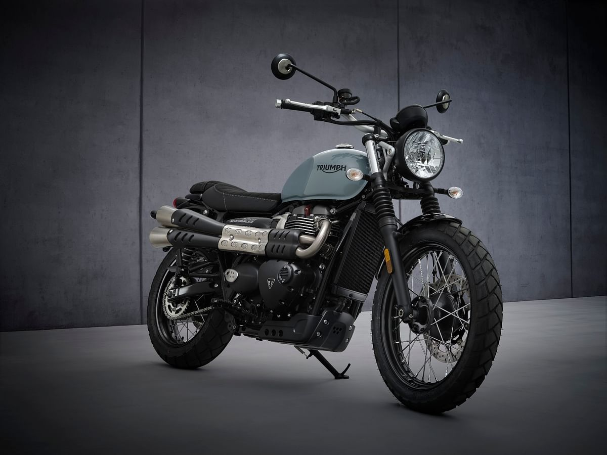 2021 Triumph Street Scrambler along with Sandstorm Edition revealed