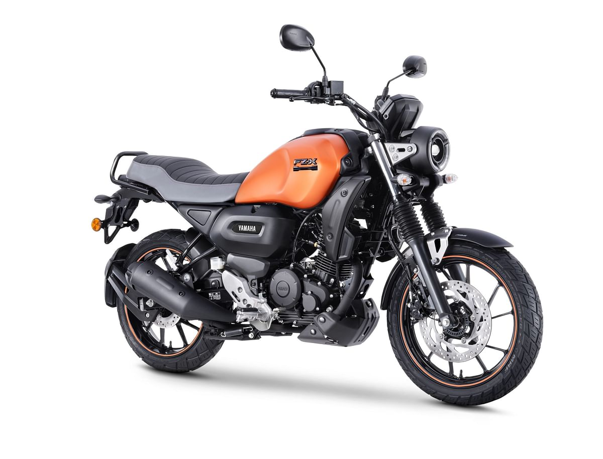 Yamaha FZ-X in Matt Copper