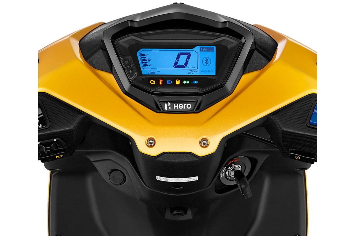 The instrument cluster is now fully digital and displays a wide variety of information