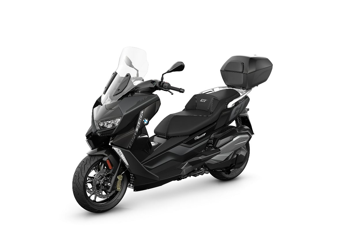 Luggage carrier also available as an accessory on the BMW C 400 GT