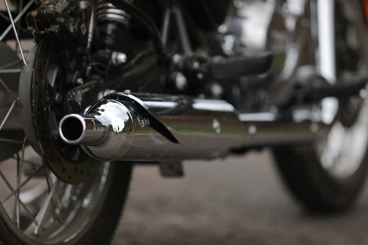 The exhaust note on the new Classic 350 is a modern rendition of the iconic thump