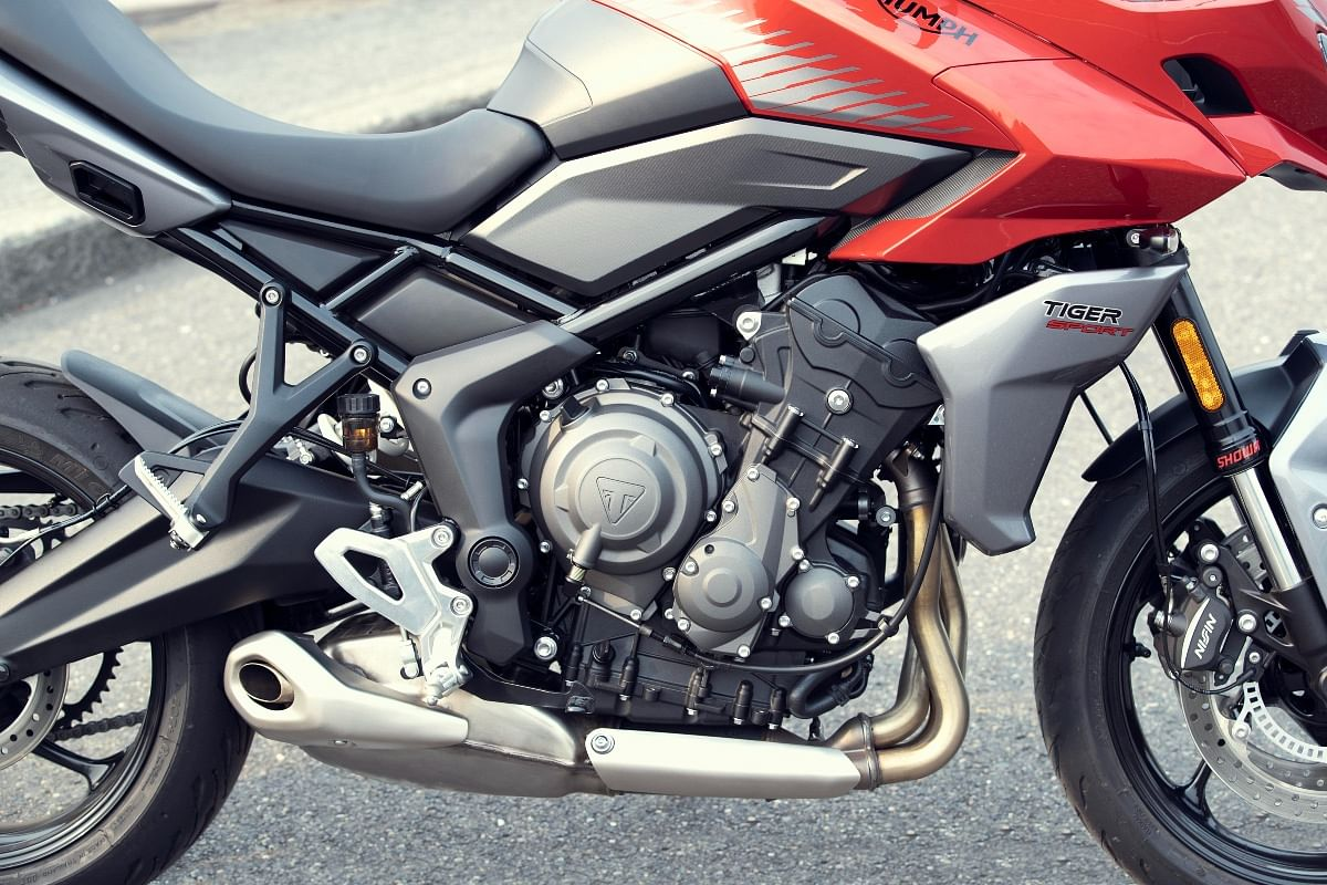 The inline three-cylinder 660cc engine produces 80bhp and 64Nm