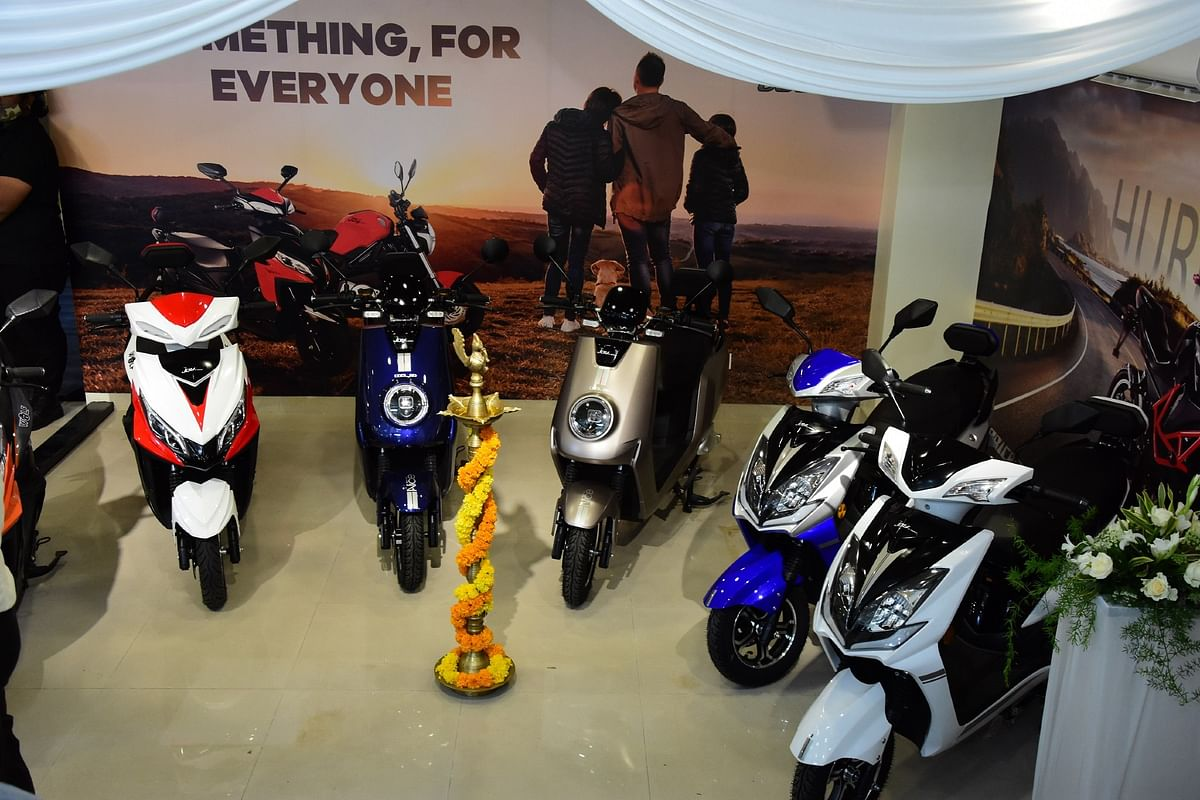 Joy e-Bike inaugurates first experience centre for Pune