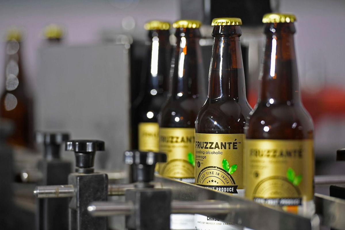 Fruzzanté offers sparkling fruit alcoholic beverages