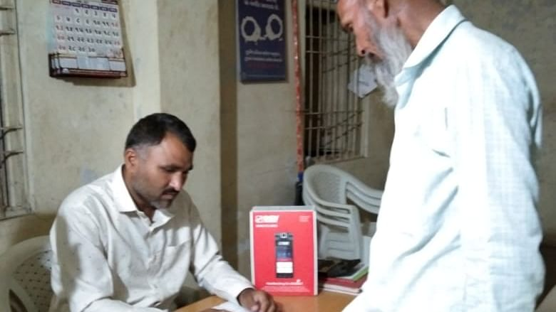 Amul Micro ATM payment at doorsteps for dairy farmers