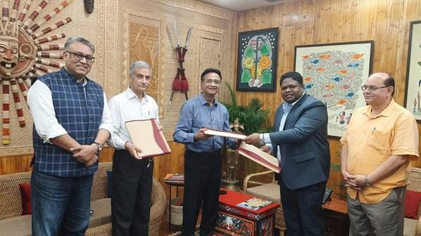 TRIFED, Rusicaa Beverages & FIIT sign MoU to commercialize Mahua Nutra Beverage in Jharkhand