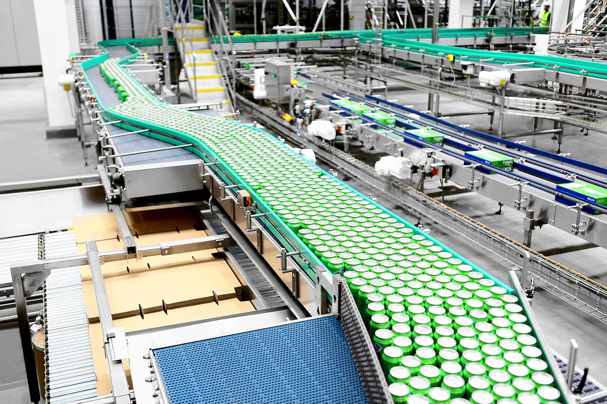 """<div class=""""paragraphs""""><p>In this large-scale project Carlsberg found it important that its new canning lines have a clear and streamlined layout. This was also to be as identical as possible at the two Chinese sites.</p></div>"""