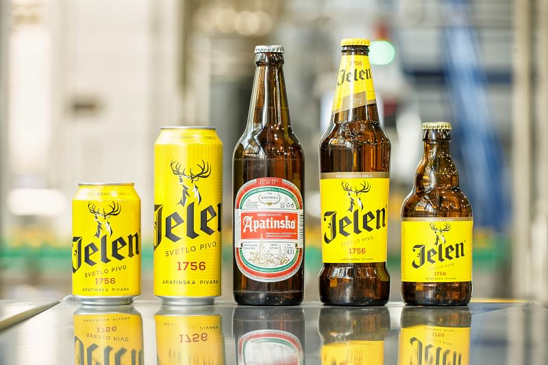 """<div class=""""paragraphs""""><p>The brewery has a large portfolio that includes the brands Jelen, Jelen Chill, Jelen Cool, Apatinsko, Staropramen, Bavaria, Nikšićko and Nikšićko Tamno. The beverages are filled into glass bottles and cans</p></div>"""