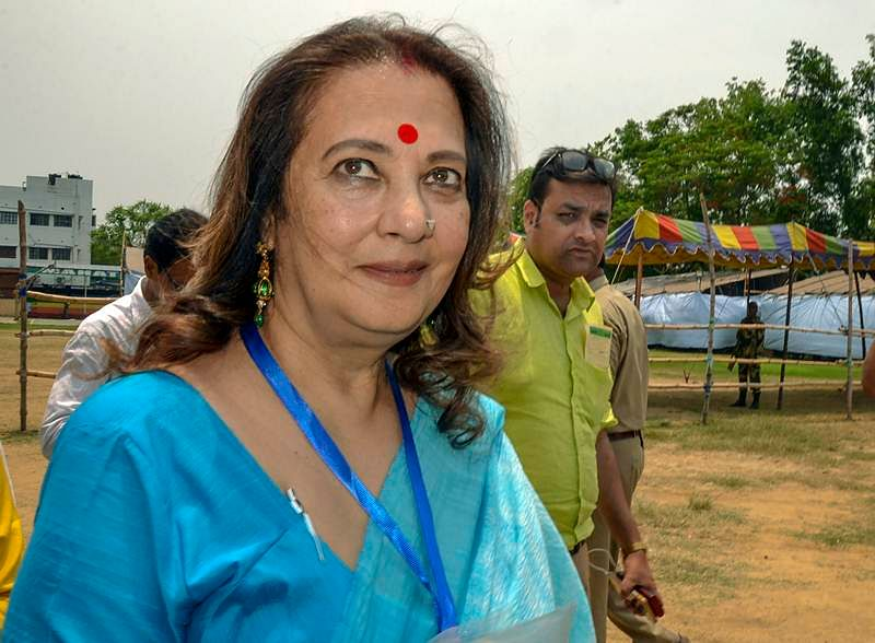 Moon Moon Sen: Queen of 'foot-in-the-mouth', her connection with Pakistan PM Imran Khan and more