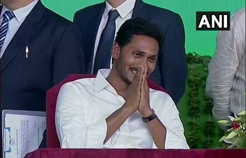 Jagan Mohan Reddy takes charge as Andhra Pradesh Chief Minister, occupies CM office in State Secretariat