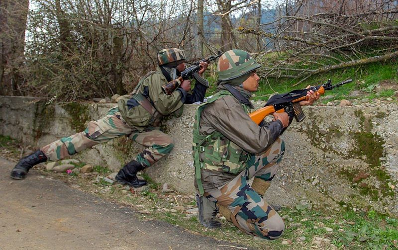 Two officers, three jawans shot dead by Naxals in Jharkhand: DIG K Dwivedi