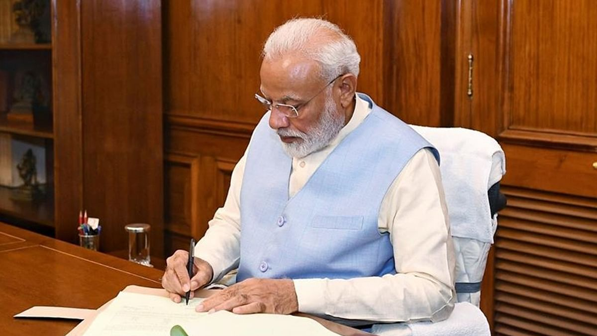PM Modi pens emotional letter to Moshe - youngest 26/11 survivor
