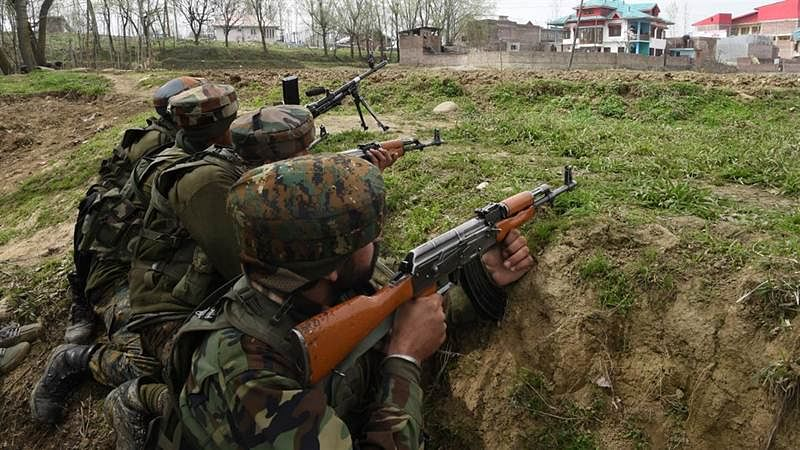Latest News! J&K: Encounter underway between terrorists and security forces in Baramulla.