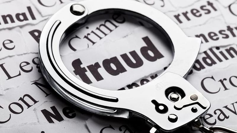 Mumbai: Couple booked for duping Malad company of crores