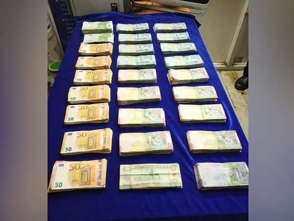 Foreign currency worth Rs 71 lakh seized from passenger at Mumbai airport