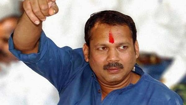 Will not fight against Sharad Pawar: Udayanraje Bhosale