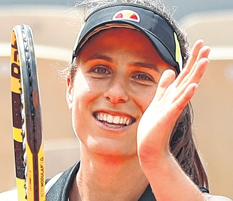 Becomes the first British woman in 36 years to reach Roland Garros semis