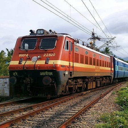 West Bengal: 3 Muslim men pushed off moving train for not chanting 'Jai Shri Ram'