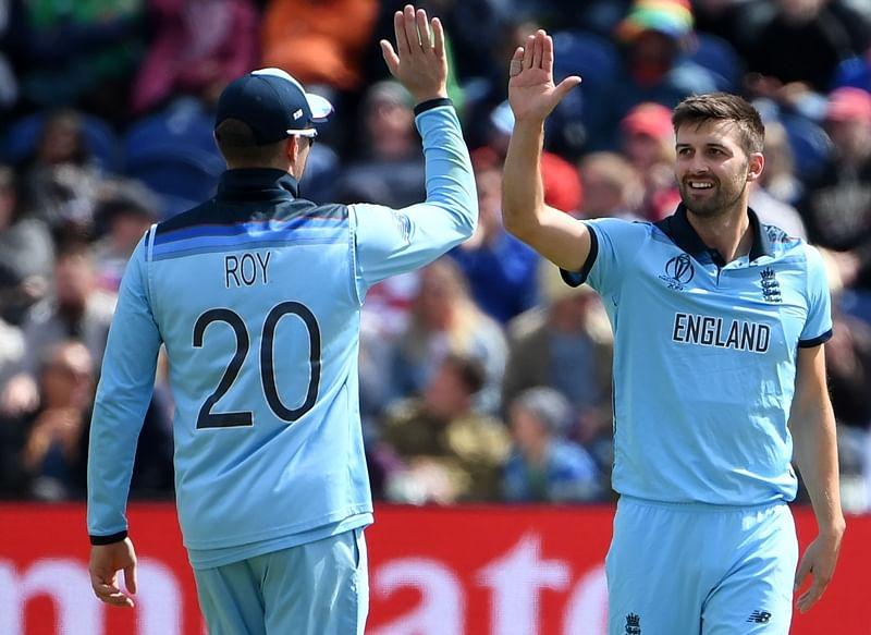 Jason Roy's 153 sets up England's massive 106-run win over Bangladesh