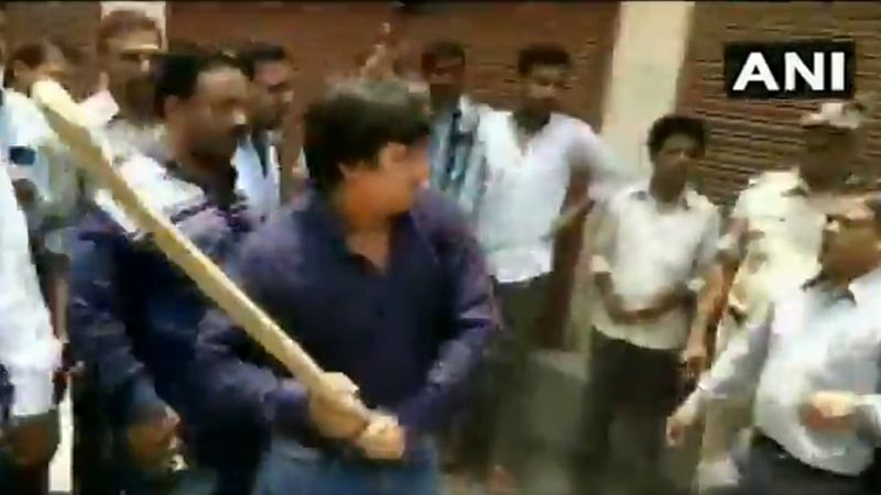 BJP MLA Akash Vijayvargiya arrested for attacking Municipal Corporation officer with bat
