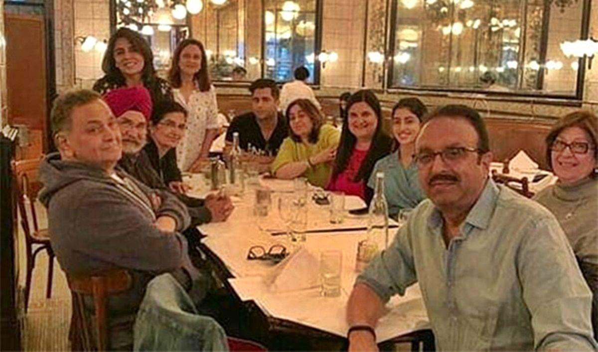 Rishi, Neetu Kapoor have dinner with Navya Naveli Nanda and family in New York