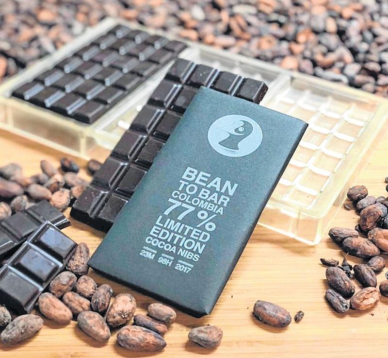 Taucherli's super dark 77% Colombian cocoa bean chocolate