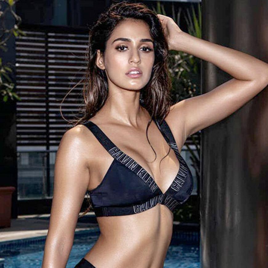 Disha Patani sets temperatures soaring yet again with her latest bikini pic
