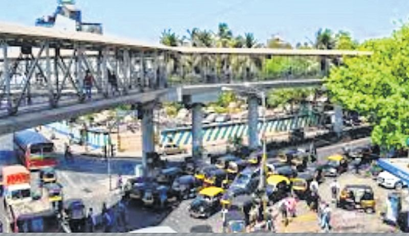 Mumbai: Bandra skywalk's repair-rebuild plan on hold