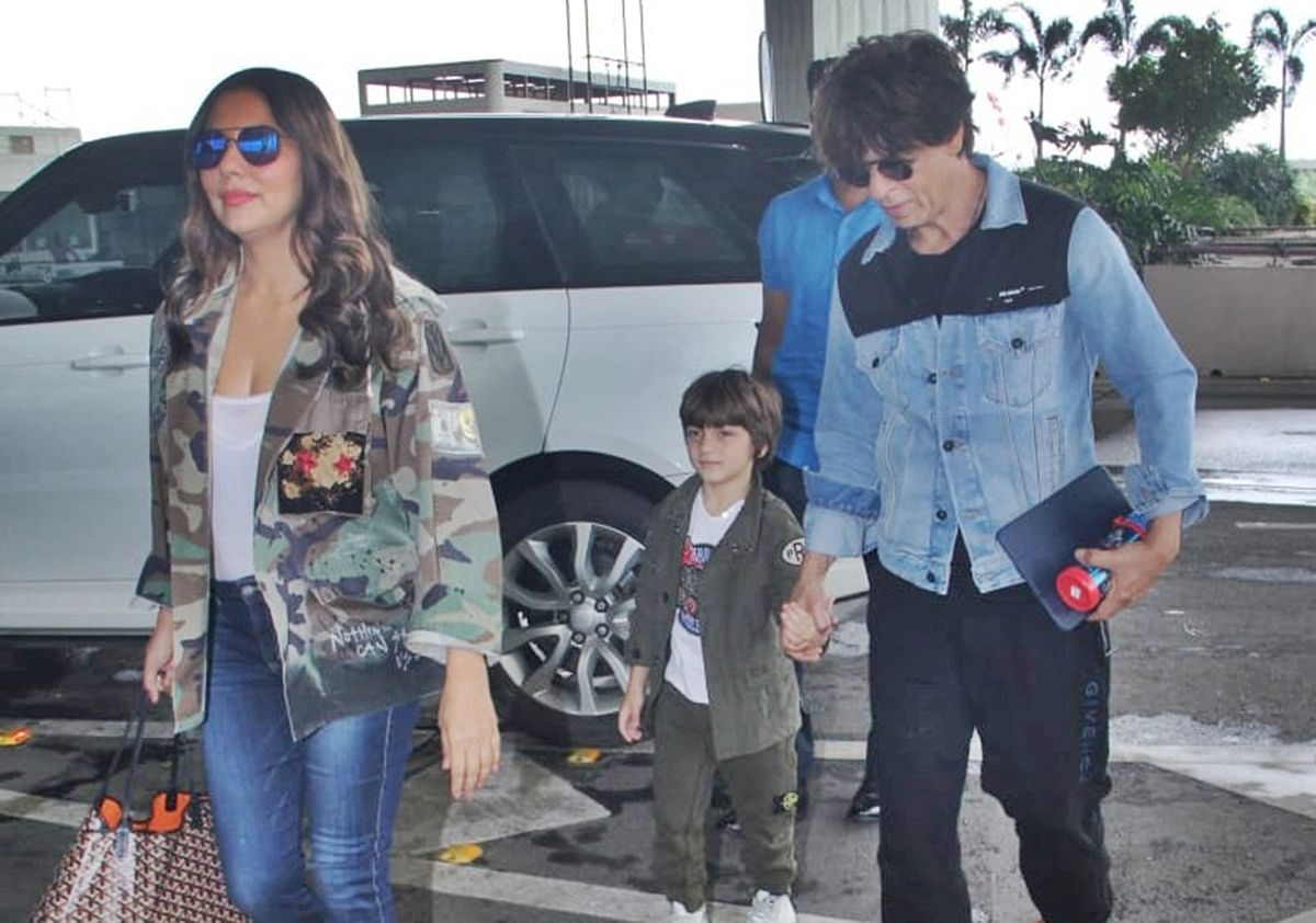 Gauri Khan sports tote bag worth Rs 80k, as she heads to London with hubby Shah Rukh Khan and son AbRam