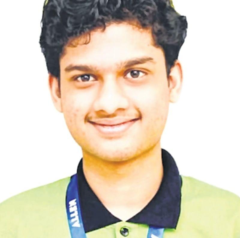 Maharashtra shines: State lad tops IIT-JEE