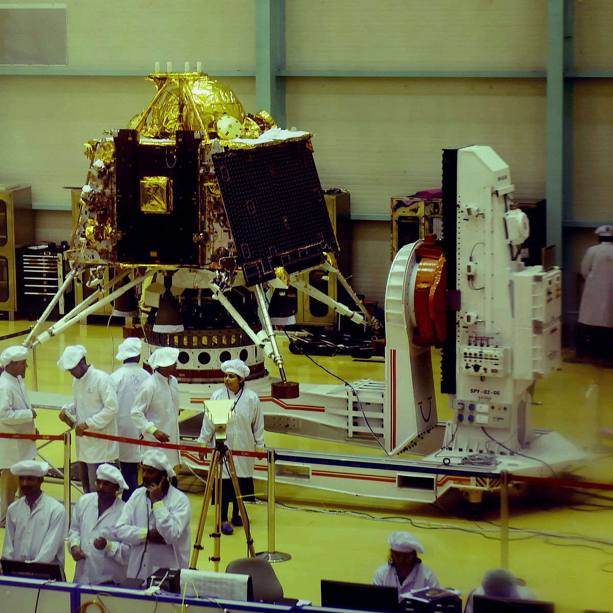 Chandrayaan 2 moon landing LIVE: Watch as India's ambitious lunar mission makes soft landing on moon
