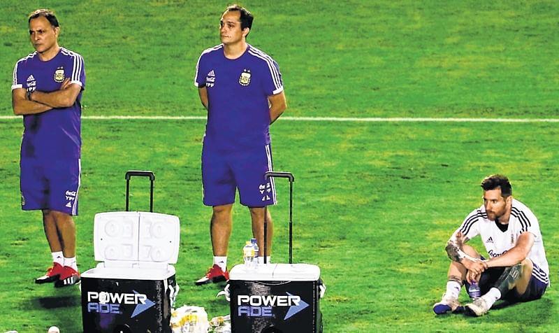 Neymar accusations overshadow kick-off