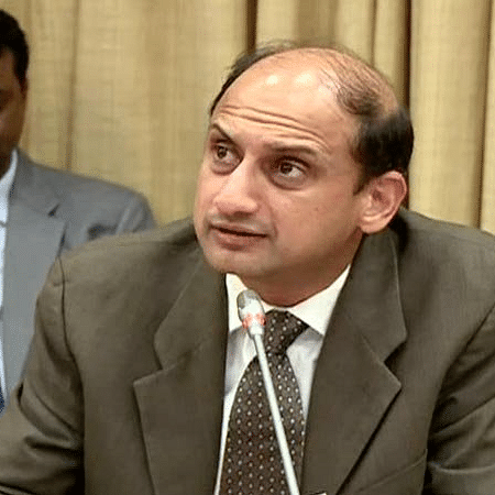 Viral Acharya differed with government on key issues