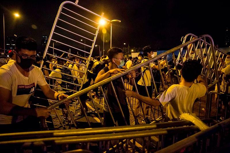 Hong Kong leader refuses to scrap extradition bill