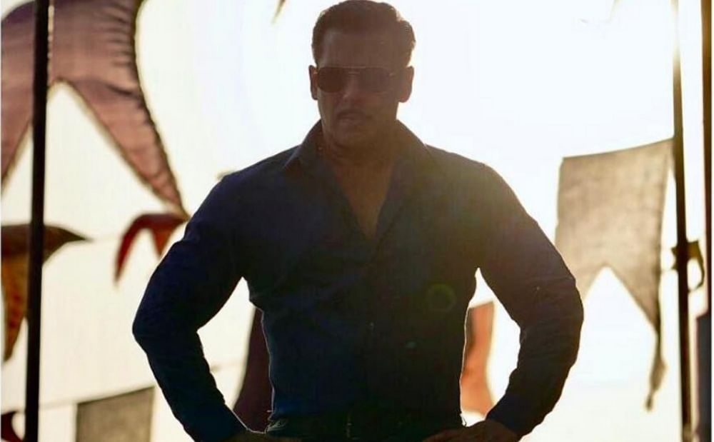 Salman Khan slaps security guard for being rough with fan; watch video