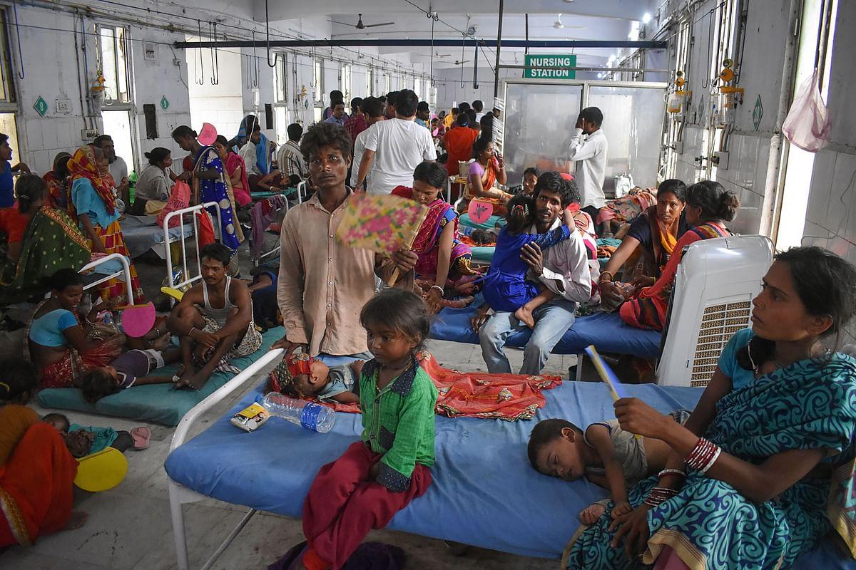 Encephalitis outbreak: Sharad Yadav blames Nitish government over failure of arrangements