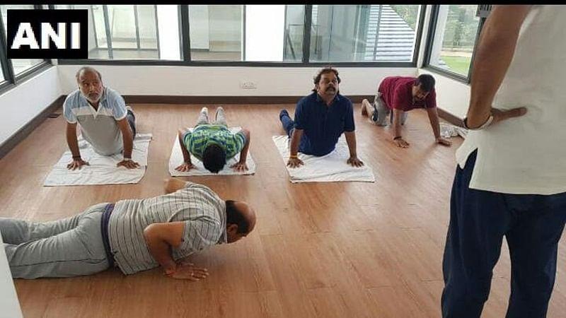Amid Karnataka Crisis, JD(S) leaders lodged at Prestige Golfshire Club practice Yoga