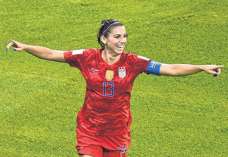 Women's World Cup: England lionesses vanquished