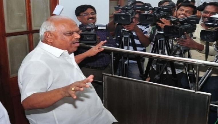 Karnataka crisis: SC orders speaker to halt proceeding till July 16