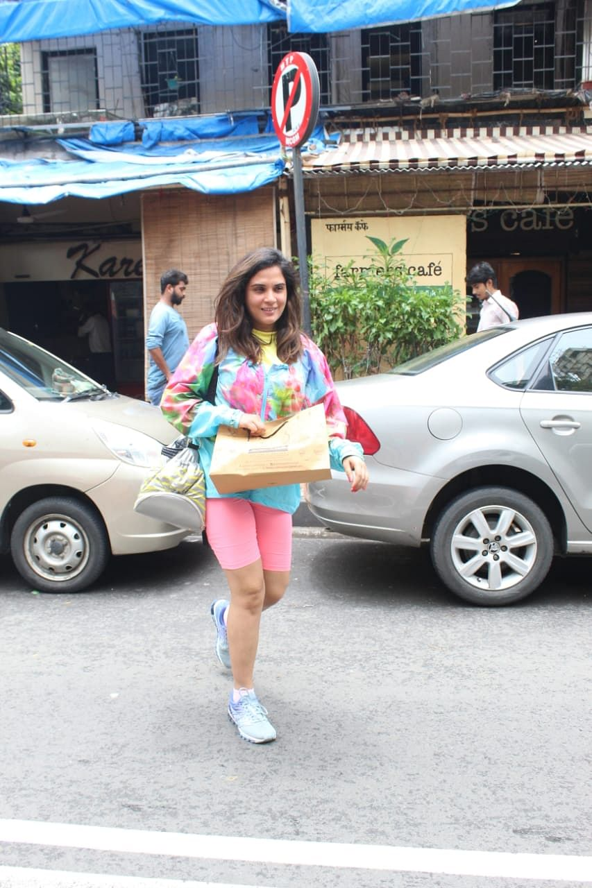 Richa Chada was snapped at Farmers' Café in Bandra today morning.