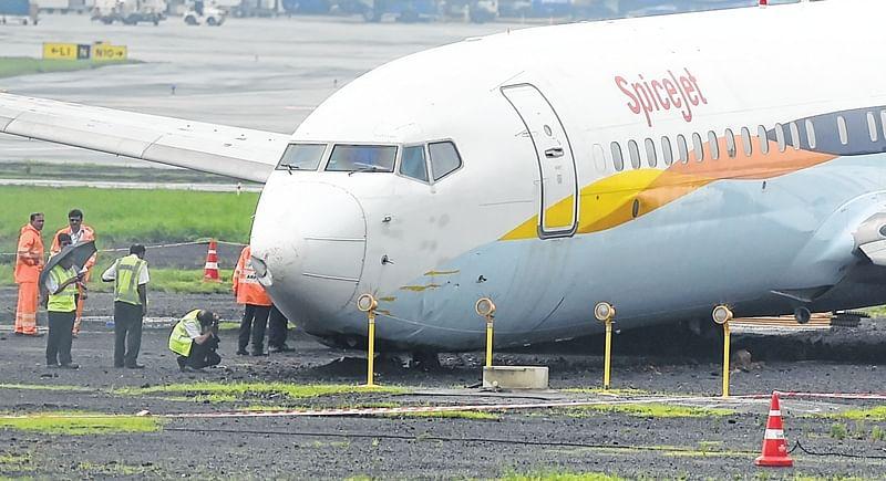 Mumbai: Stranded aircraft a permanent fixture at airport?