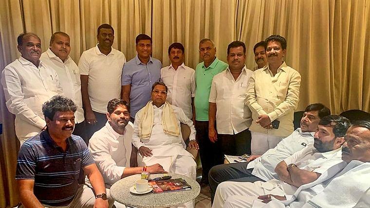 Karnataka crisis: Siddaramaiah holds meeting with rebel MLA Ramalinga Reddy