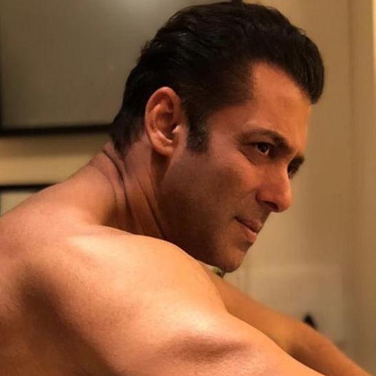 Salman Khan gets death threat on social media