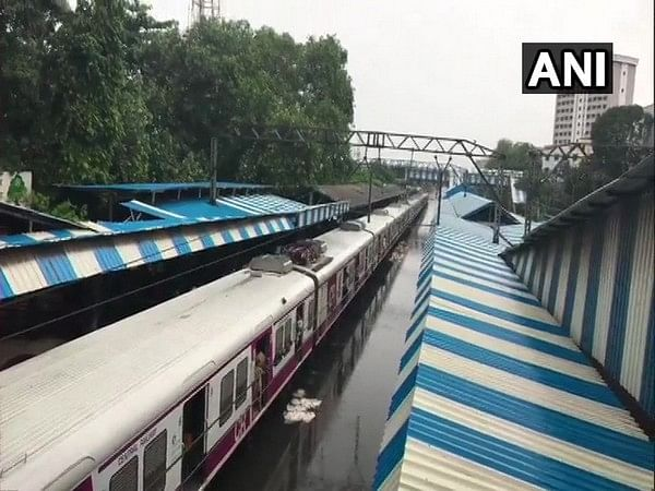 Mumbai: Railways services hit due to 'overhead problems' shuttle services begin to clear rush