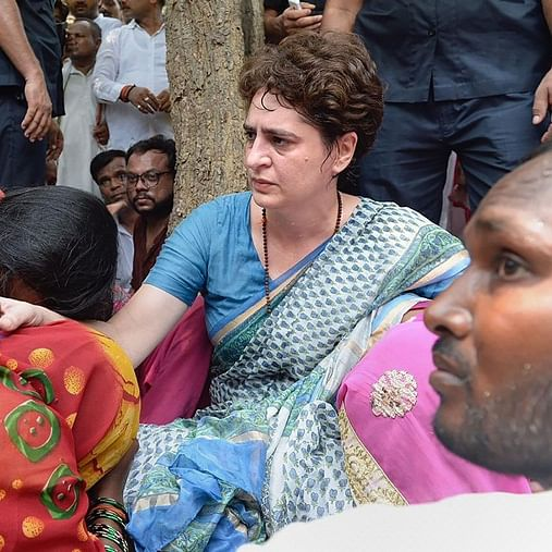 Priyanka Gandhi Vadra gives Rs 10 lakh compensation to Sonebhadra victims