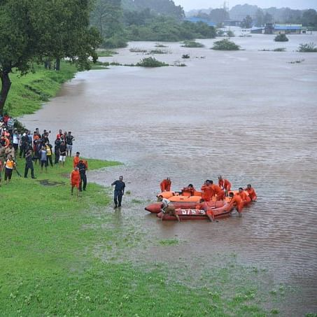 All 1,050 passengers of stranded Mahalaxmi Express rescued: Central Railway